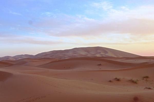 Maroc - Lever du soleil à Merzouga