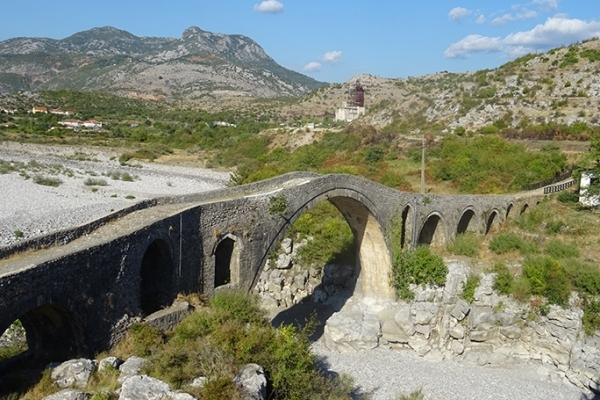 Albanie, Pont de Mes Skhodër