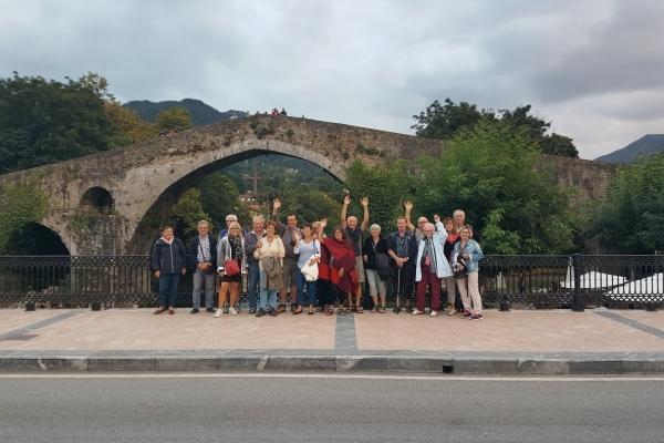 Le pont roman de Cangas de Onis avec sa croix des Asturies